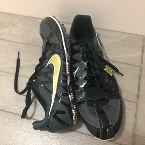 Women Nike track shoes size 7